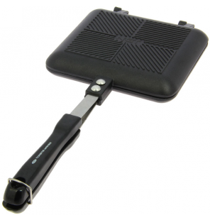 NGT Toastie Maker Black